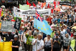 Ahead of the UN Climate Summit in Paris more than 15,000 New Zealanders take part in the Peoples Climate March in Queen St, Auckland, kicking off what will be the largest climate mobilisation the world has ever seen. Over the weekend there will be marches in more than 2000 cities around the globe, and in 34 other New Zealand locations, challenging the leaders of the world to take real climate action. Greenpeace/Nigel Marple